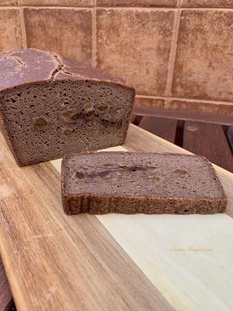 Pan dulce con especias y frutos secos sin gluten