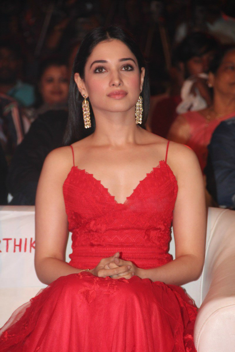 Hot Tamanna in Thozha-Oopiri audio Launch. hot and sensual Tamanna in Thozha, hot and Sensual tamanna in oopiri, 2016 photoshoot, hot tamannaah