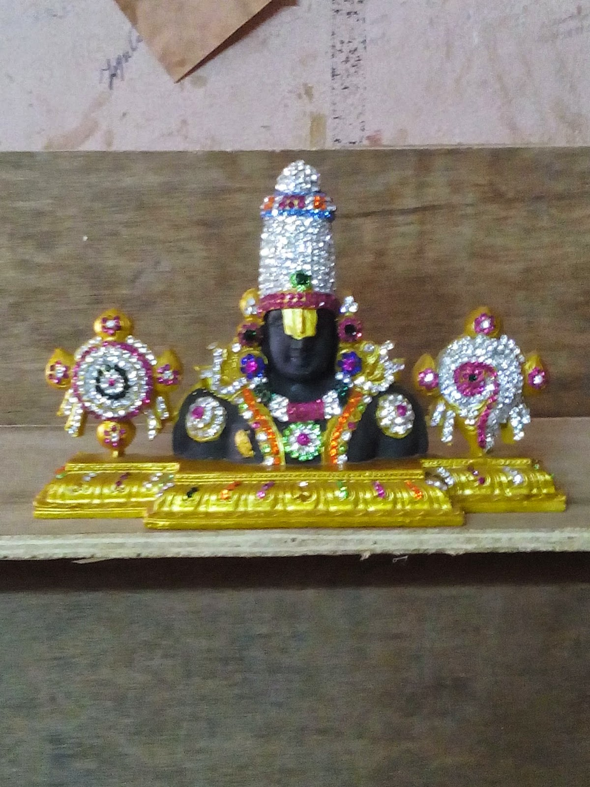 idol Lord  Balaji shanku Chakra idol  studded with american diamonds