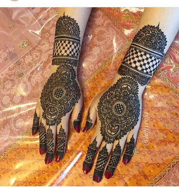 Karwa chauth mehndi designs, mehandi designs for karwa chauth Latest Karwa Chauth Mehendi Design