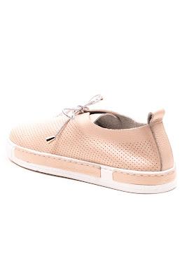 pudra rengindeki hakiki deri ayakkabı