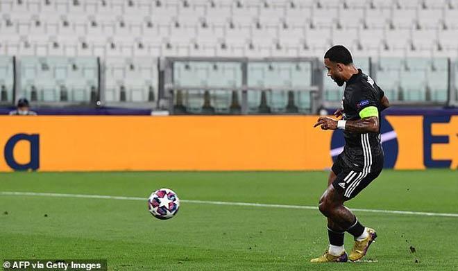 Ronaldo đón niềm vui trong bi kịch: Siêu phẩm chân trái phá kỷ lục 86 năm