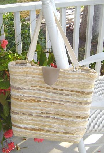 Rug Bucket Bag Tutorial