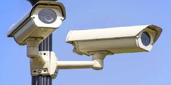 Desh-ke-6000-railway-stationo-par-lagenge-CCTV-camere-8-companiya-theke-ke-daavedaar