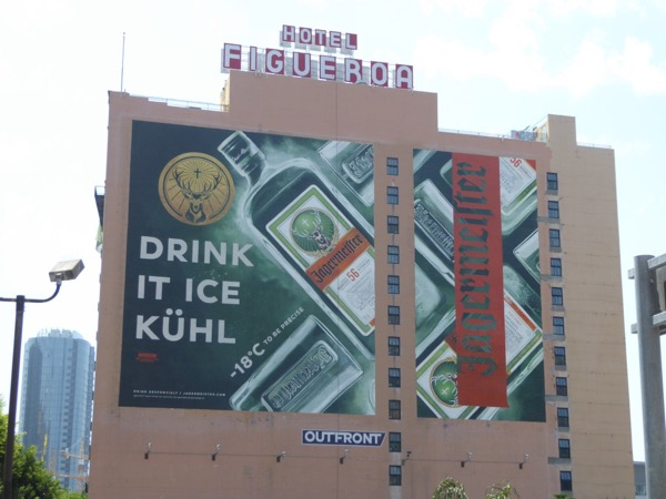 Giant Jägermmeister Drink it ice kühl billboard