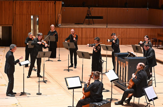 Telemann: Cantata 'Der am Olberg Zagende Jesus' - Roderick Williams, Orchestra of the Age of Enlightenment (Photo: Soutbank Centre, BBC Radio 3, Mark Allan)