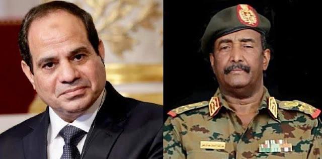 الرئيس السيسي يبحث هاتفياً مع رئيس المجلس الانتقالي السوداني التعاون الثنائي بين مصر والسودان، وتطورات الملفات الإقليمية