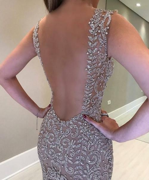 vestido de festa nude bordado