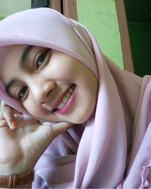 Anggraini Ningrum Hijaber Smile