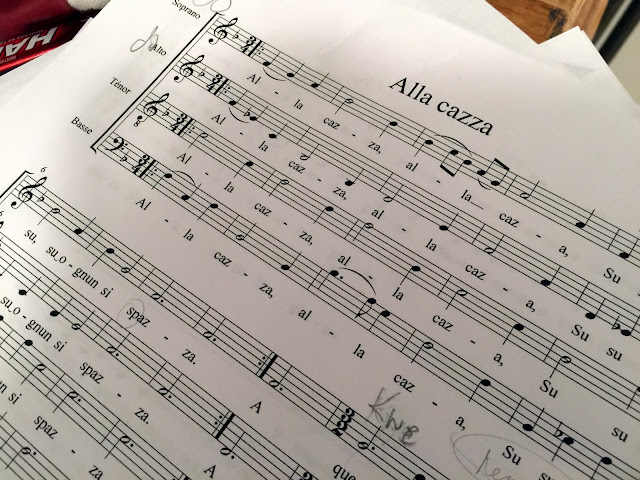 Alla Cazza, Renaissance madrigal, no dynamic markings