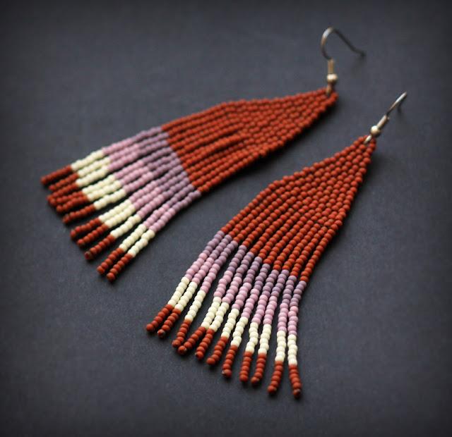 купить оригинальные этно украшения из бисера длинные крупные серьги из бисера цена фото