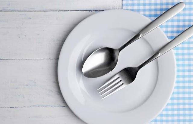 10 Hal Yang Bisa Membatalkan Puasa Ramadhan Yang Wajib Anda Ketahui