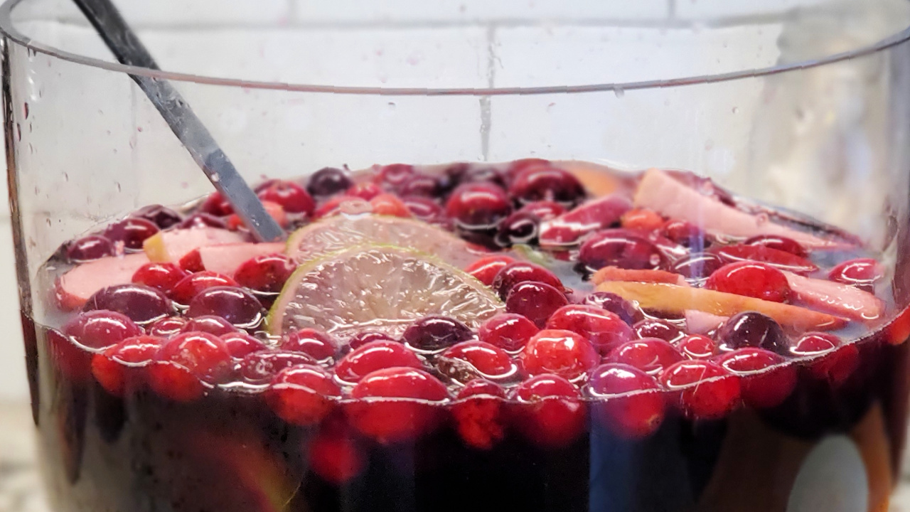 Holiday Spice Sangria
