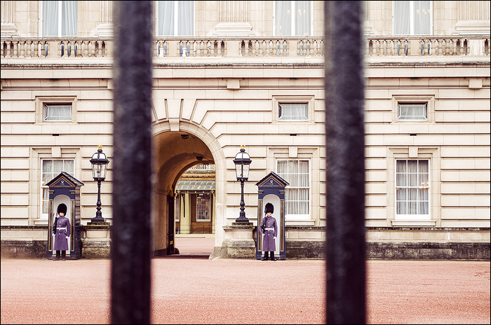 London, Buckingham Palace, Changing the Guards