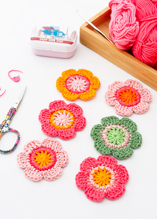 Crochet Flowers - Free Pattern