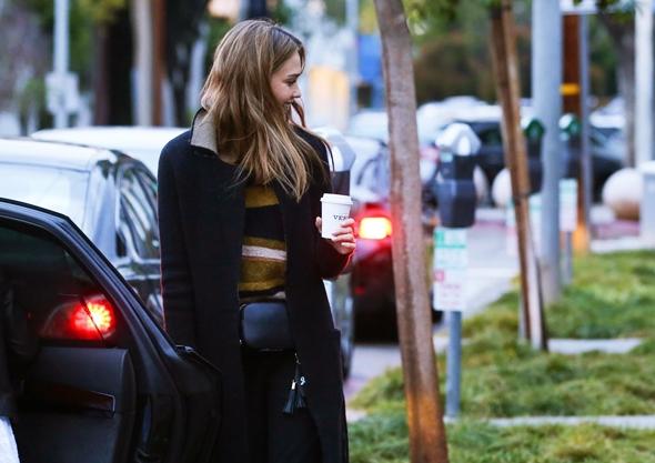 2016-11-26 ジェシカ・アルバ(Jessica Alba)ロサンゼルスにて。