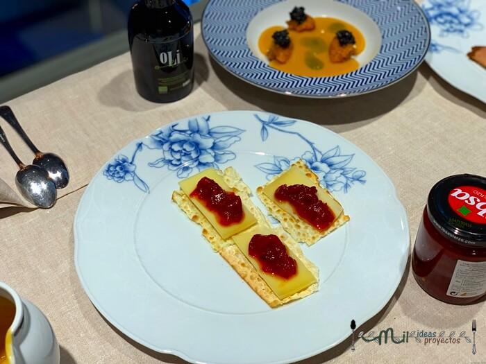 tostas-queso-tomate-caramelizado