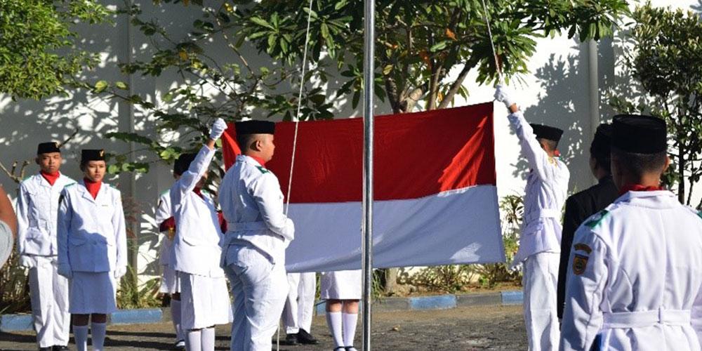 Peringati HUT K-73 RI, SMA Kristen Kalam Kudus Gelar Upacara Bendera