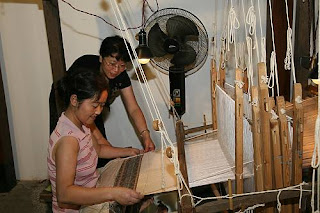 Silk craftmanship in China, ETHNIKKA blog for cultural knowledge