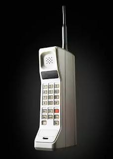 Motorola Dyna TAC 8000x-Duniya ka Pahala Mobile Phone