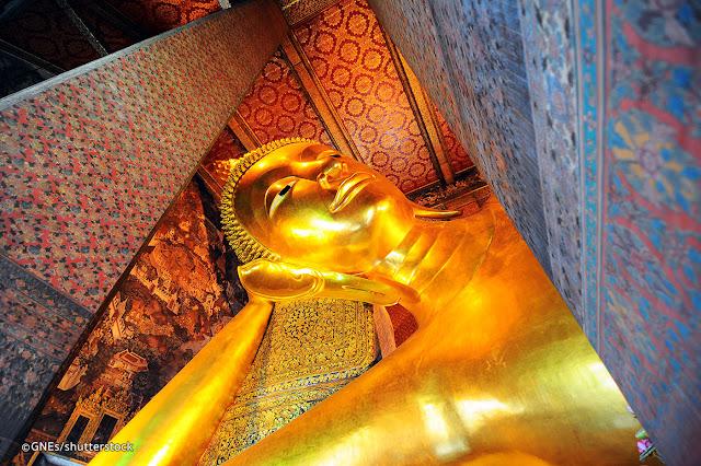 10 Destinasi Wisata  Di Bangkok Yang Wajib Dikunjungi - Giant Reclinning Buddha