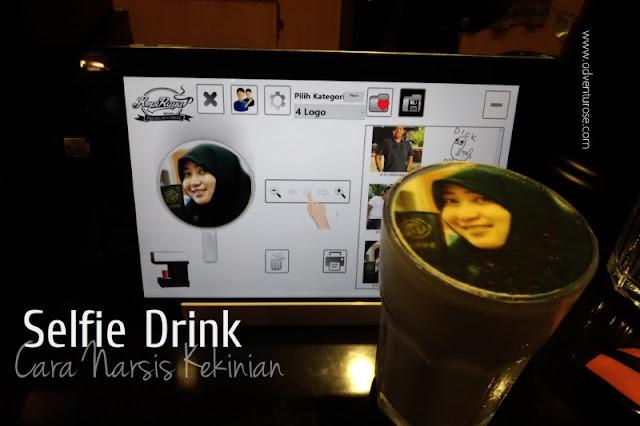 selfie drink, foto dalam minuman, kopi raya