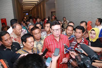Klarifikasi Pak Menteri: Honorer Daerah Bukan Dihapus, Tapi Dialihkan Ke PNS dan PPPK
