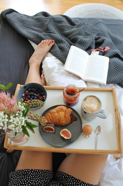 Fruehstueck im Bett Wochenendplaene Jules kleines Freudenhaus