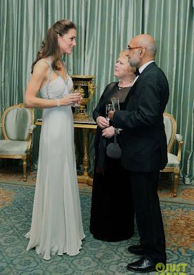 A Kate Middleton em baile de gala