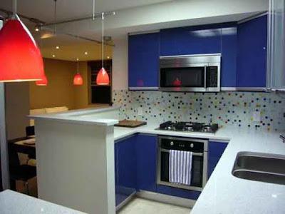 Penataan letak kitchens set untuk ruang dapur yang sempit