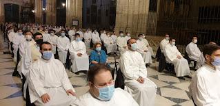 La Catedral de Sevilla celebra un Corpus diferente