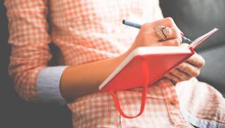 Journal menulis Sebagai Kunci Untuk Penemuan-sendiri