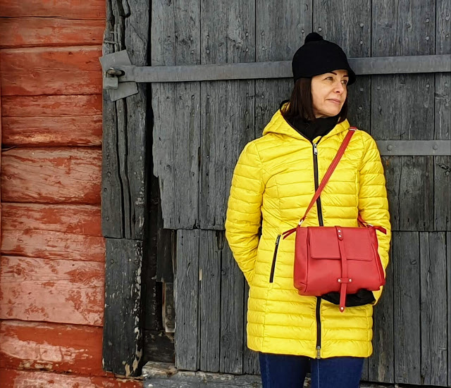 hand made Utua handbags from Finland