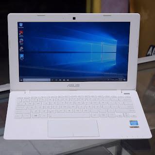 Laptop ASUS X200M Celeron N2815 Second Malang