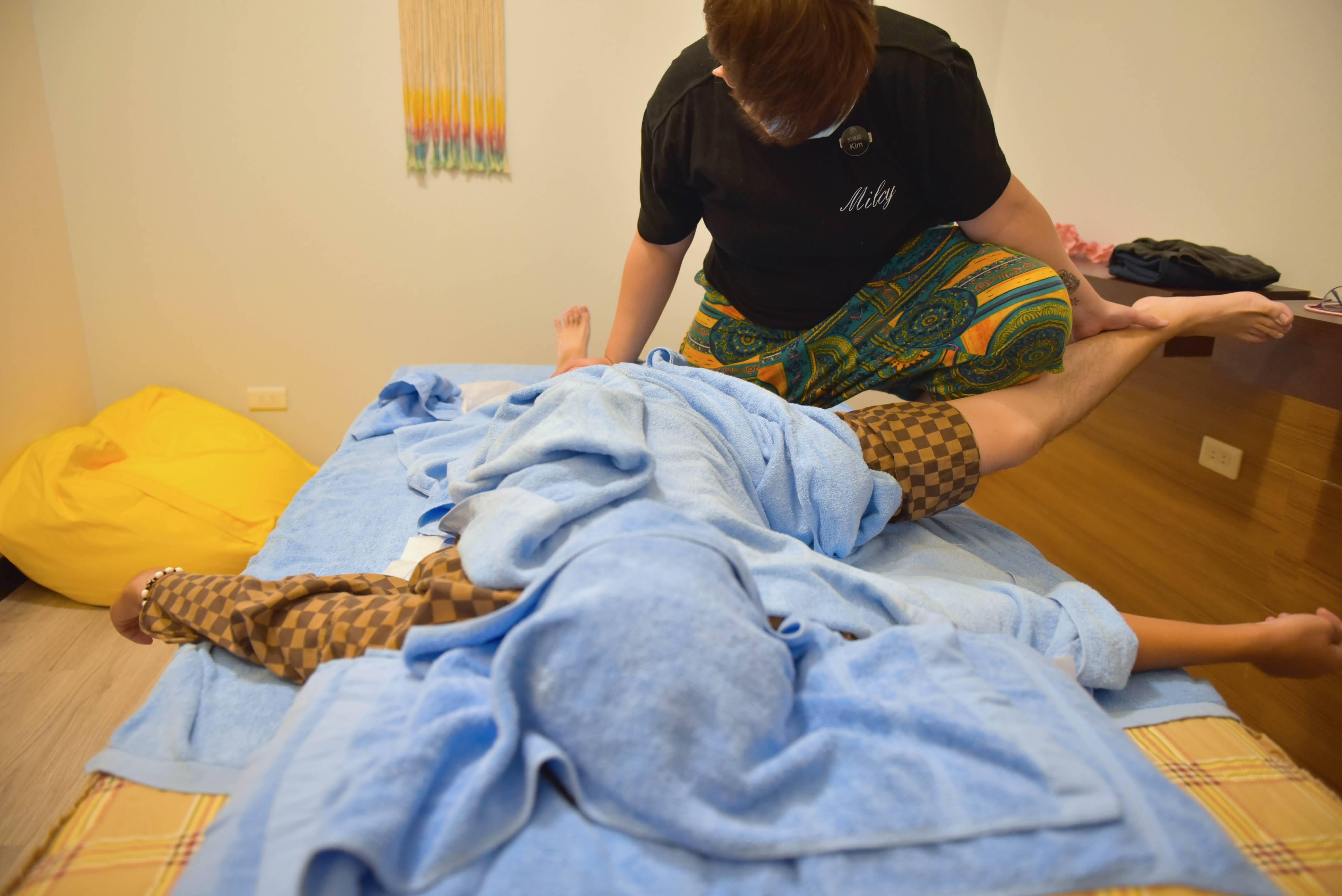 【台南|永康】悅榕莊園會館,古法泰式按摩體驗被動式瑜伽,可愛店貓療癒心靈疲乏,還有台南少見岩盤浴!🍃