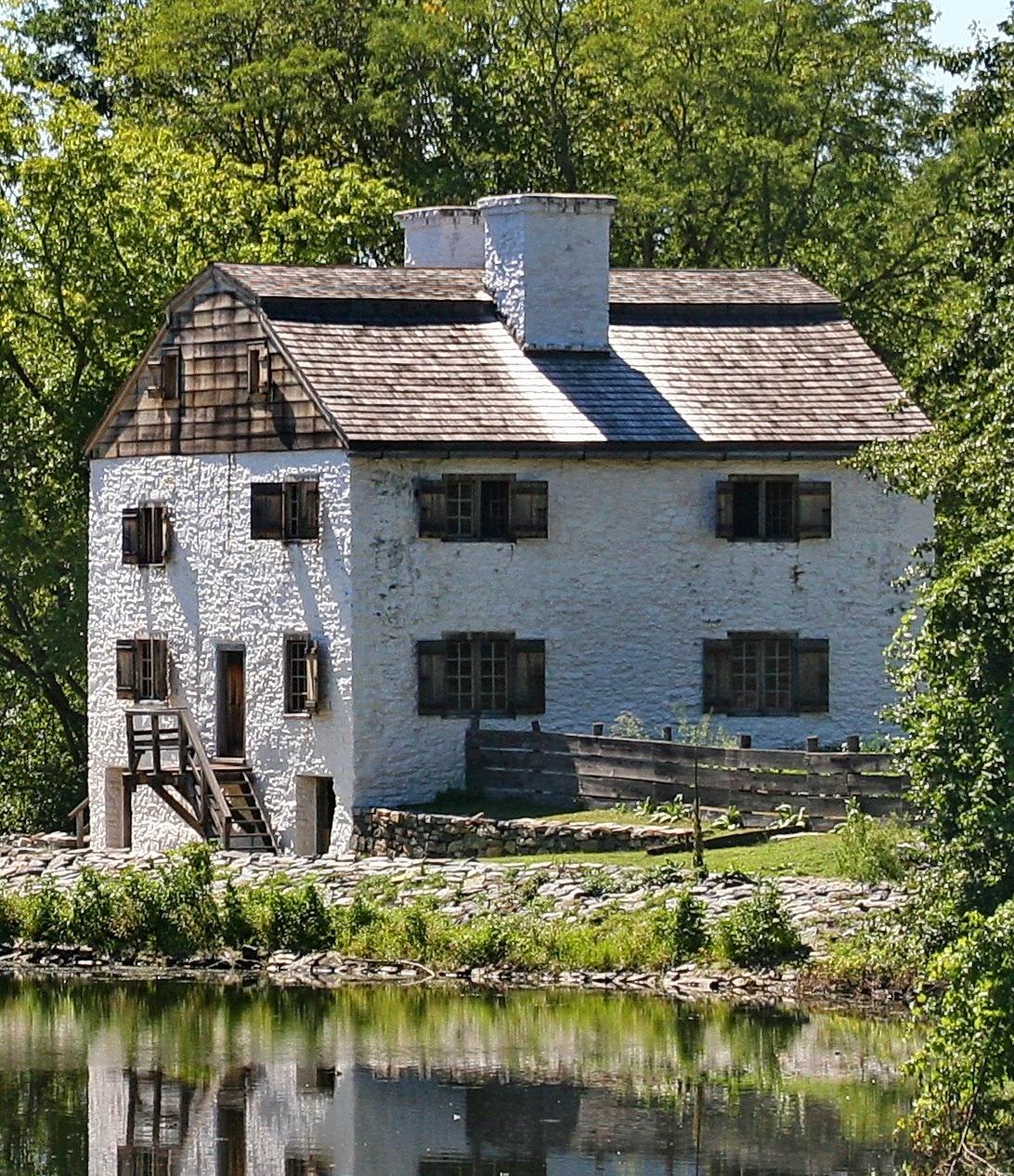 Dutch Colonial Luxury Homes: Totem Designs