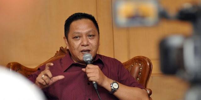 Adhie Massardi: Jangan Mimpi Bisa Redam Banjir DKI, Kecuali Anies Jadi Presiden