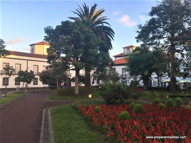 plazas bonitas que ver en Ponta Delgada Azores