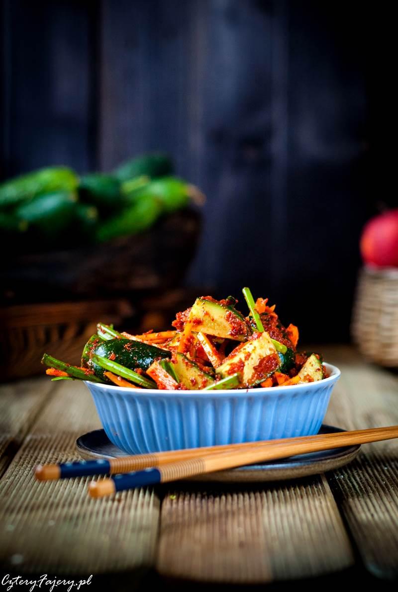 kimchi-z-ogorkow