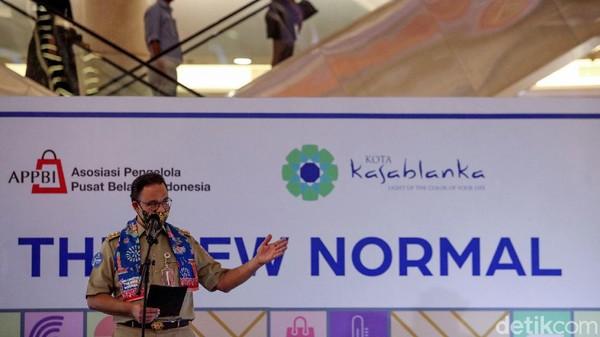 DKI Pecah Rekor, Anies Justru Bersyukur Temukan Warga Positif Corona