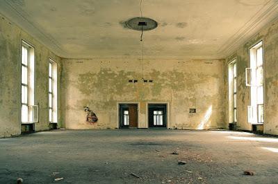 vivienda vacía y tristona
