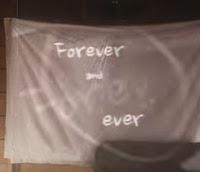 Terjemahan dan lirik lagu Taylor Swift berjudul Lover seperti adegan cerita cinta dan kese Lirik Lagu Lover dan Terjemahan - Taylor Swift