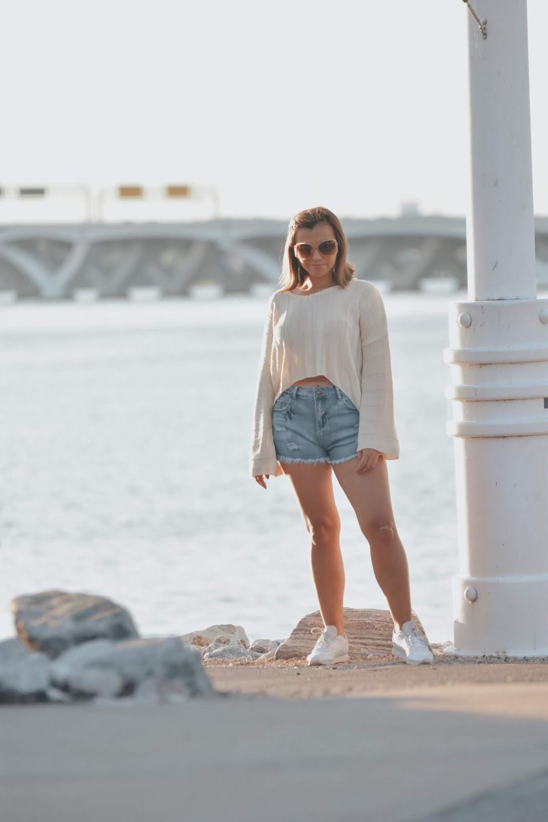Light Blue Frayed Hem Distressed Side-Slit Denim Shorts-mariestilo-lookbook store-dcblogger-