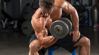 5 hacks For Building Bigger Arms Fast