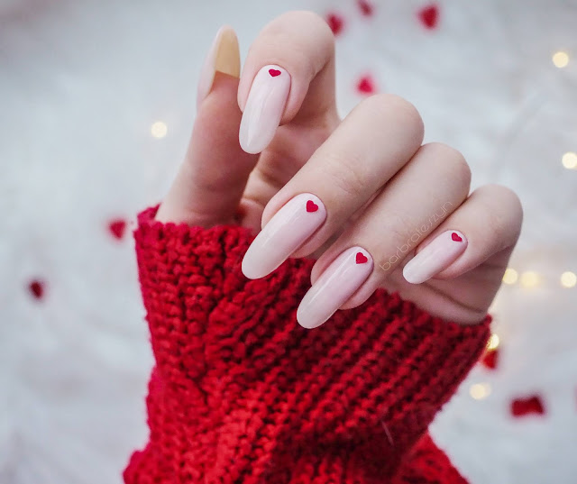 valentinas day nails