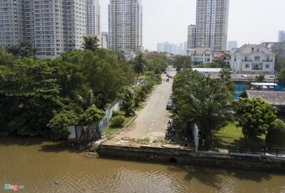 Biệt thự ở Thảo Điền bịt kín lối ra bờ sông Sài Gòn ảnh 18