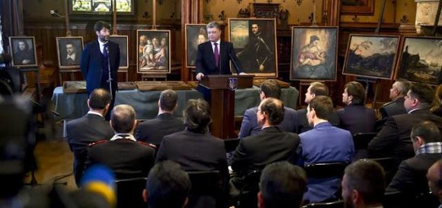 Порошенко украл 43 картины