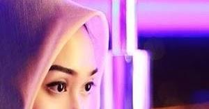 Biodata Lengkap Dian Pelangi, Desainer Muslim Fashion ...
