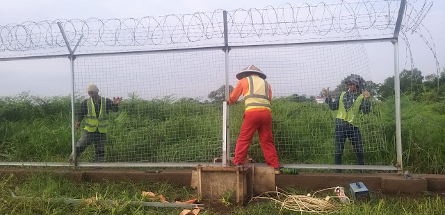 pasang pagar bandara