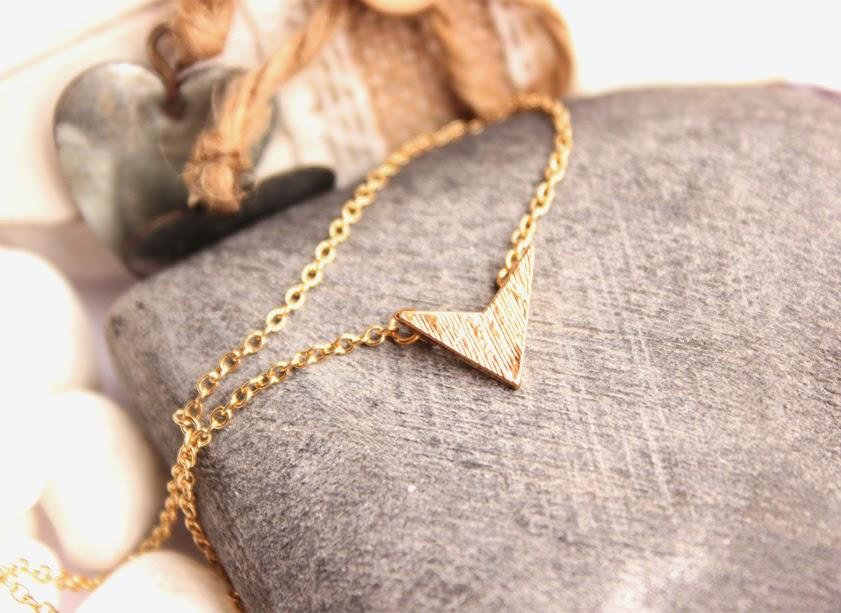 collier flèche pas cher